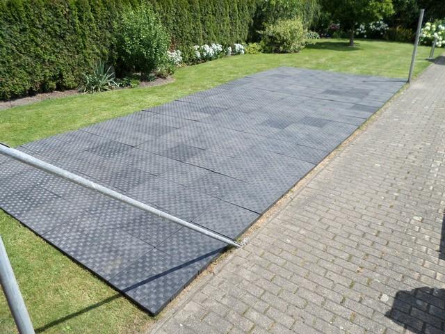Zelt Aus Kunststoff : Zelt fuss tanzboden ihr veranstaltungsservice ferari aus